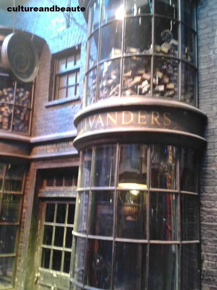 Ollivanders - Studio Harry Potter - Cultureandbeaute