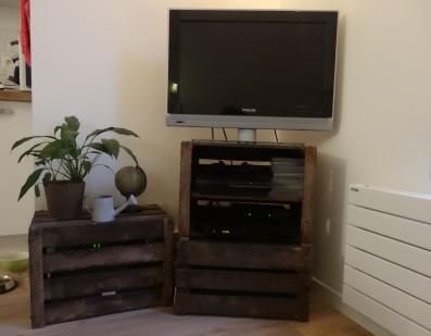 meuble tv caisse bois - A lovely fantasy