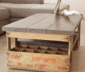 table basse en caisse bois et planches