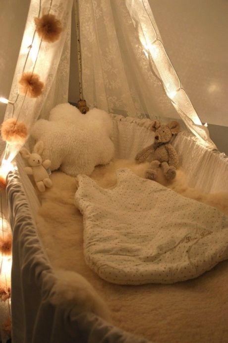 Chambre bébé fille nuage | Cultureandbeaute
